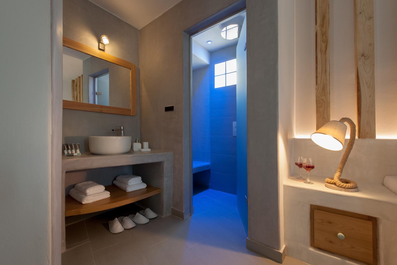 Luxury boutique hotels Akrotiri Santorini - Amazing Caldera views