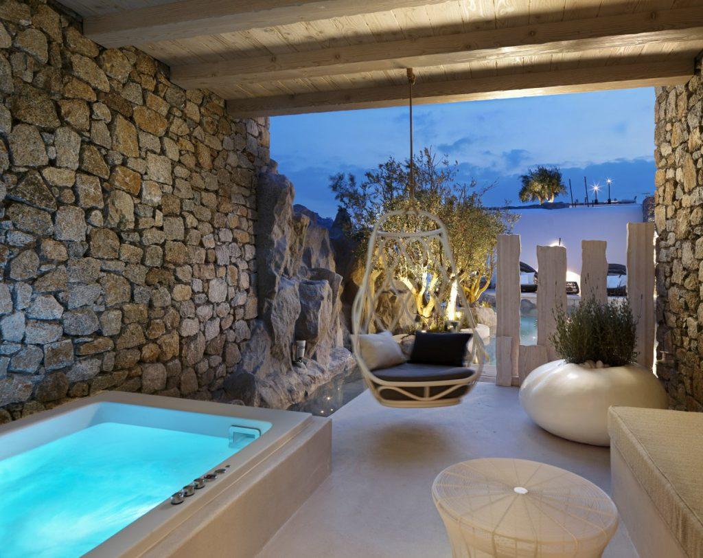 Kensho mykonos luxury boutique hotel suites luxury for Hotel design jacuzzi