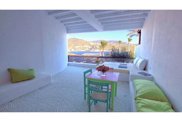luxury hotels in ios greece