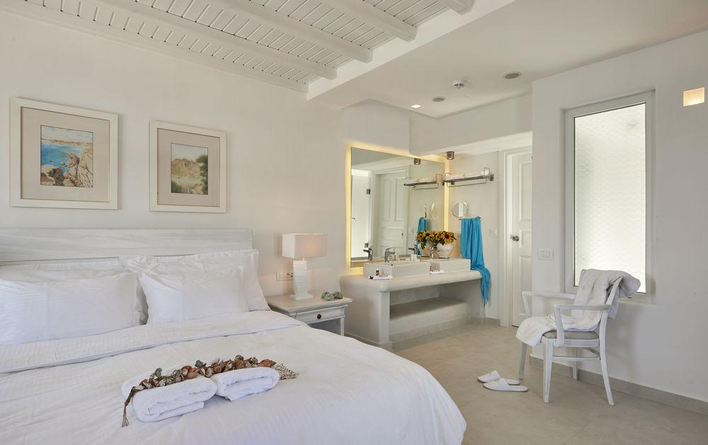 platis gialos beach hotels mykonos