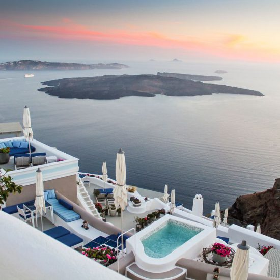 luxury santorini hotels