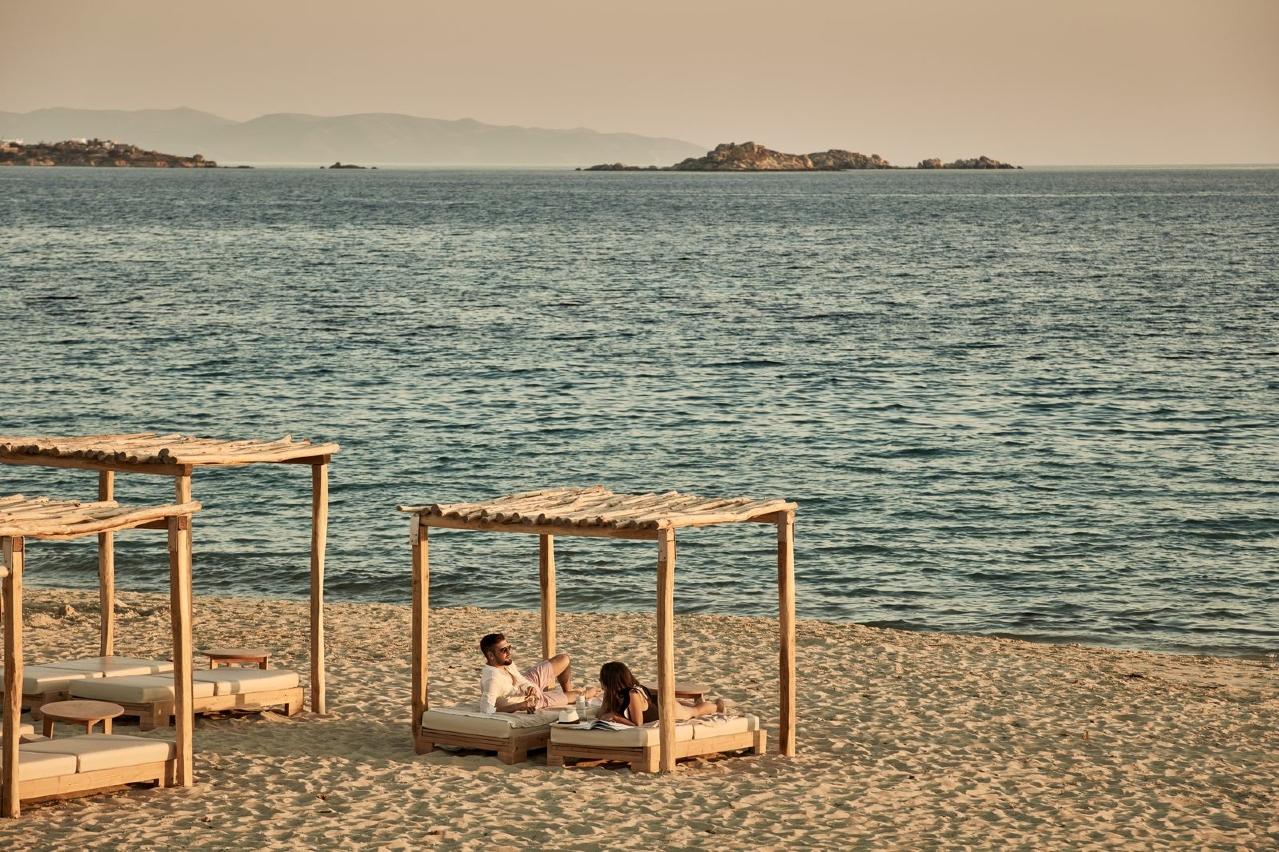 beach naxos plaka