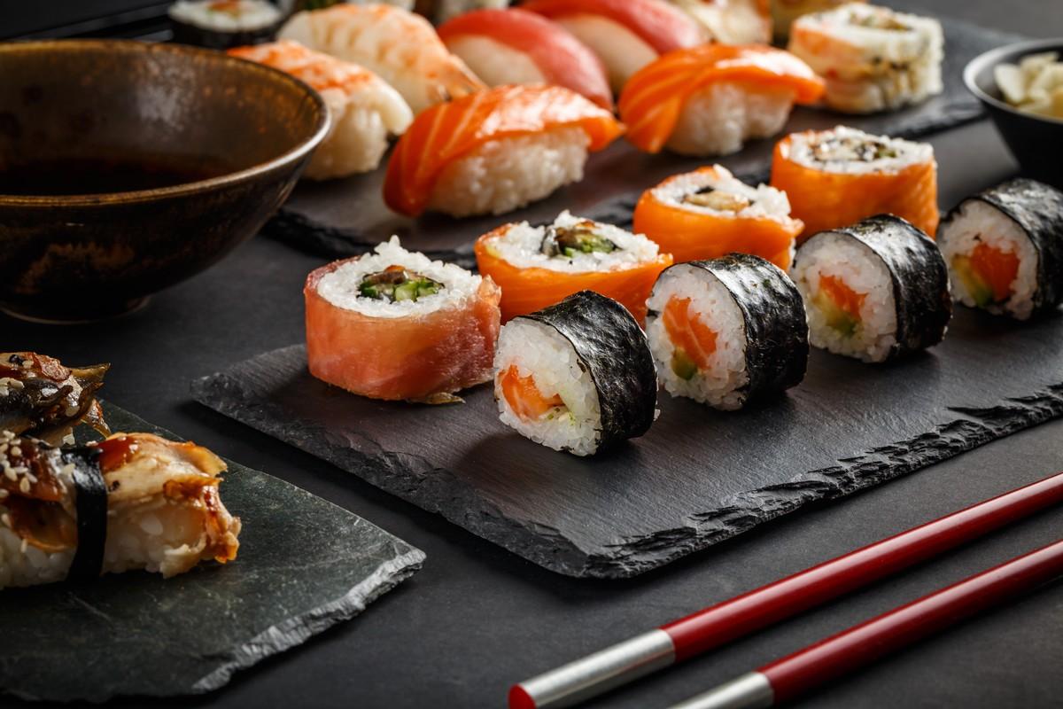 mykonos sushi restaurants