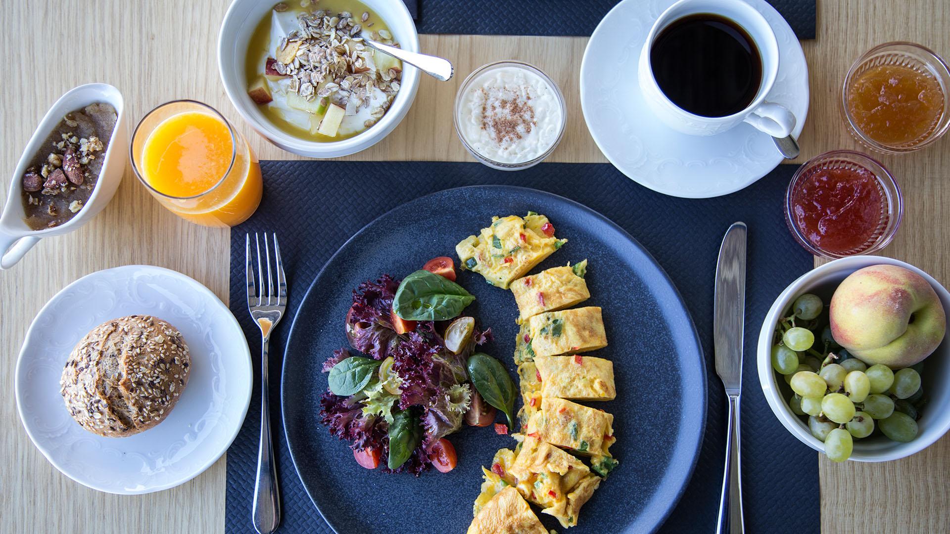 my mykonos hotel breakfast