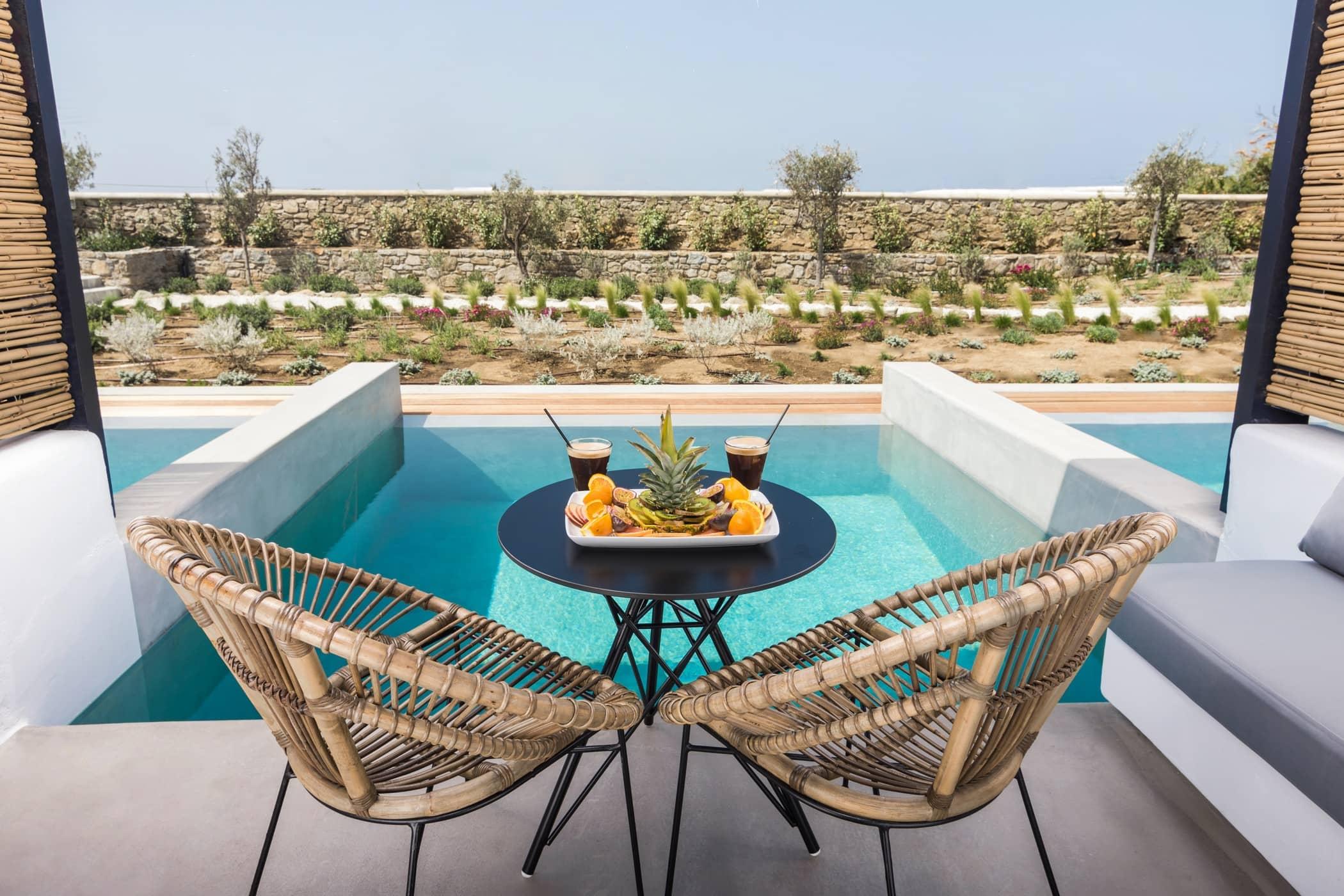 my mykonos hotel pool suites