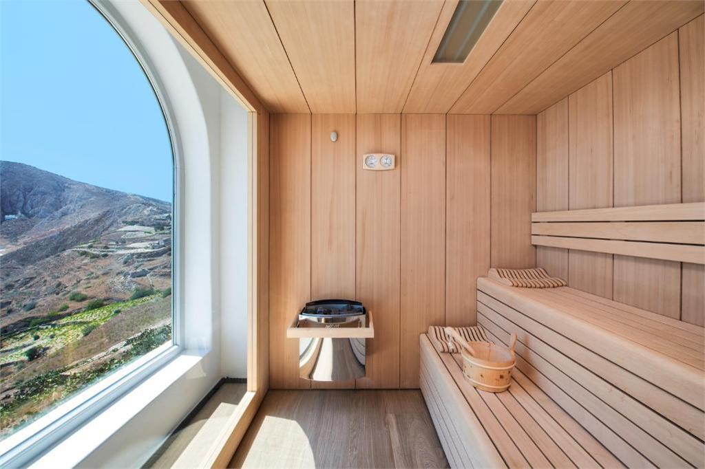 skyfall-suites-pyrgos-santorini sauna